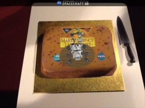 MSL mission cake with 'virtual Curiosity'